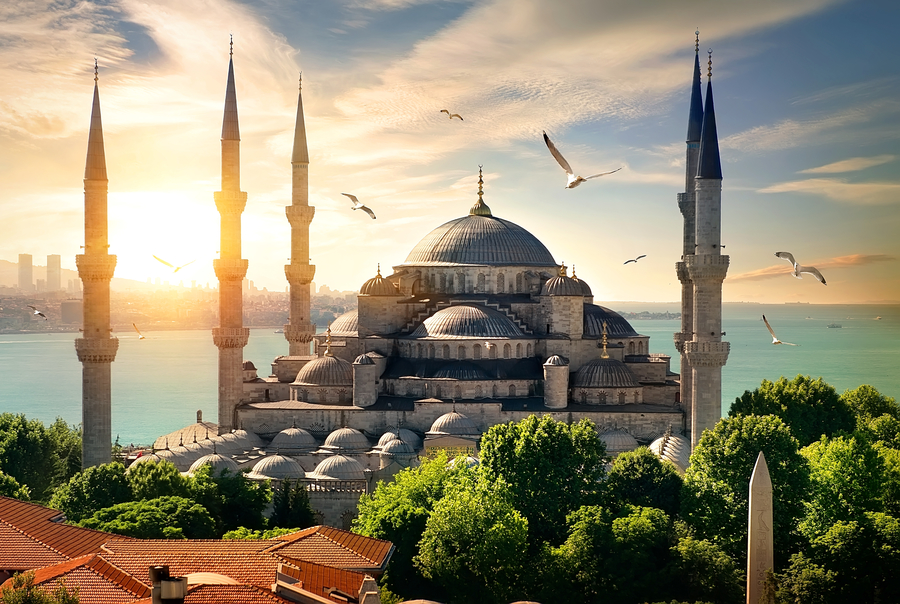The blue mosque in Istanbul is one of the most popular tourist attractions, and an icon of the cityscape