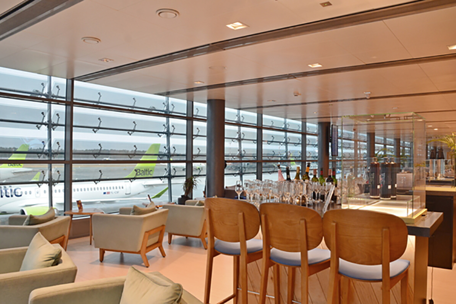 The larger Primeclass lounge in Riga was completed with simplicity and space at the front of mind
