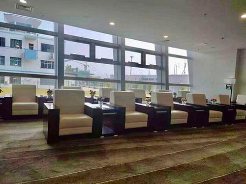 First Class Lounge 01_Xingyi Wanfenglin_China