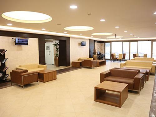 Pear Lounge_Aqaba Hussein Intl_Jordan