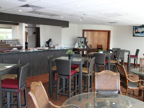 Graycliff Luxury Lounge, St. George's L.F. Wade Intl