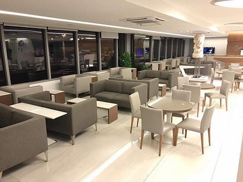 LAT Lounge