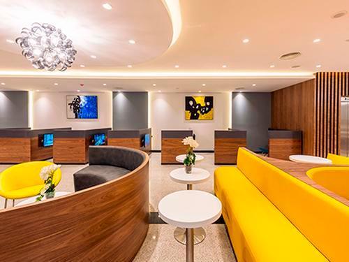 Pearl Lounge, Casablanca Mohammed V Intl, Morocco