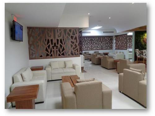 Oma Premium Lounge