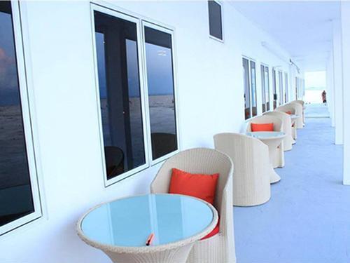 Kashimaa Lounge, Dharavandhoo