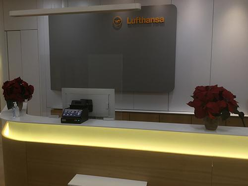 Lufthansa Business Lounge_New York NJ, Newark Intl_USA