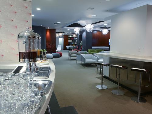 Art & Lounge, New York NJ Newark Intl