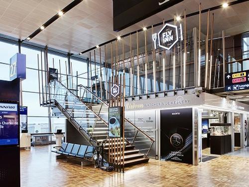 Fly Inn Restaurant - Helsinki Vantaa - Finland
