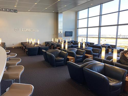 Lufthansa Business Lounge_Washington DC Dulles Intl_USA