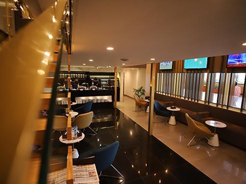Majestic Lounge_Karachi_Pakistan