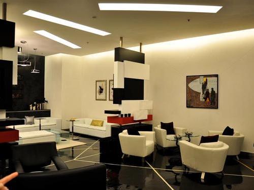 Pearl Lounge Sheikh Saad