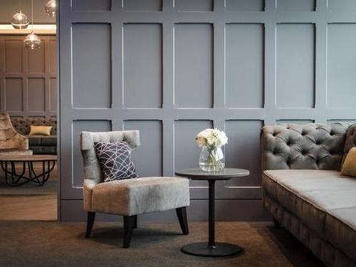 Clubrooms, Gatwick South, London Gatwick