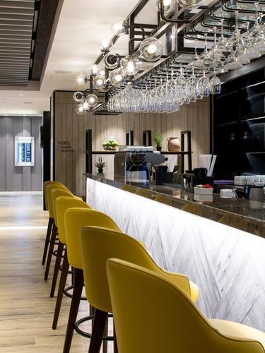 Plaza Premium Lounge (Arrivals)