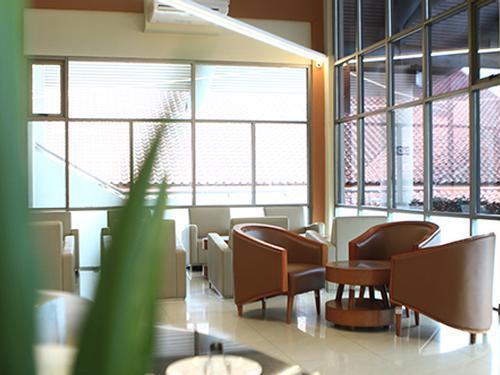 Concordia Lounge, Manado Sam Ratulangi, Indonesia