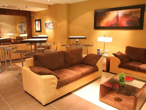VIP Lounge (Arrivals)