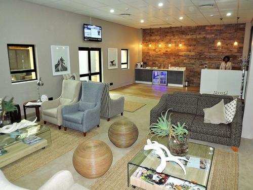 KMI Airport VIP Lounge