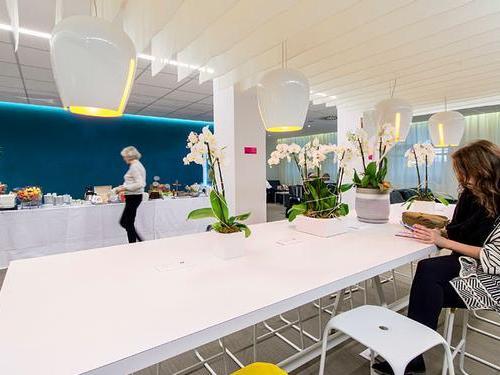 Salon Azur, Nice Cote d Azur