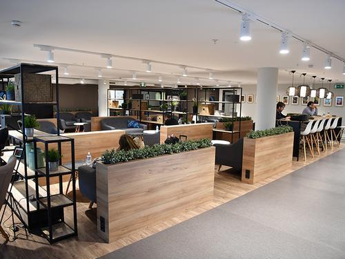 Premium Traveller Lounge, Paris Orly