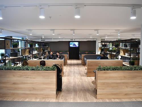 Premium Traveller Lounge, Paris Orly