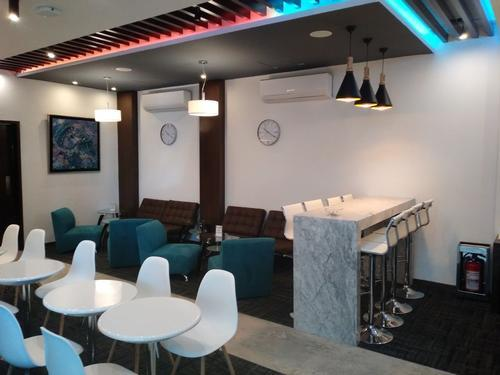 The Lounge by Global Lounge Network, Puebla Hermanos Serdan International