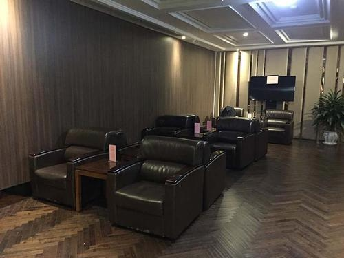 First Class Lounge (No.76), Shanghai Pudong