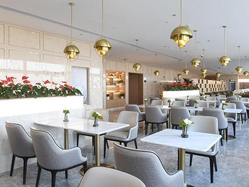 VIP Lounge 170