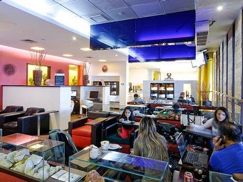 Salones VIP Pacific Club, Santiago Intl