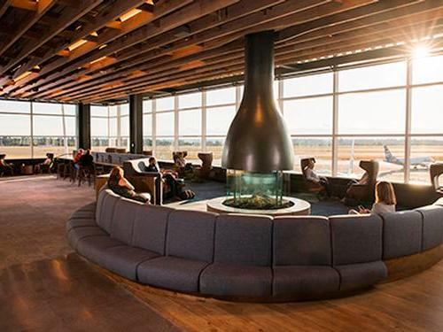 Alaska Lounge_Seattle WA SeaTac_USA