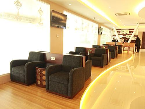 Concordia Blue Sky Premium Lounge, Surabaya Juanda Intl, Indonesia