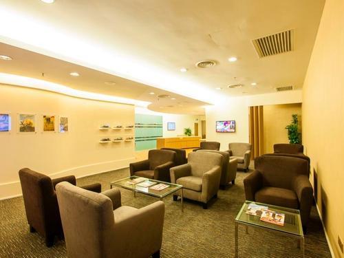 Peugeot Lounge, Sultan Abdul Aziz Shah