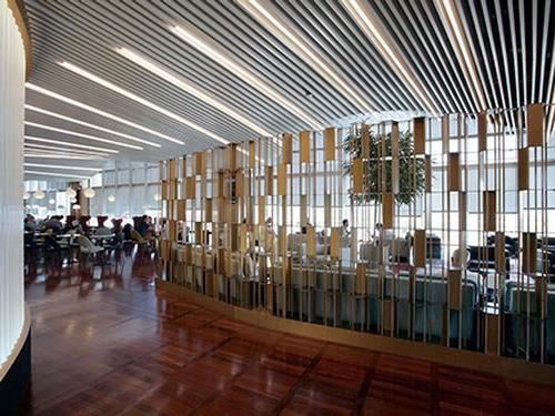 Aeroporto Internacional Marco Polo, Veneza VCE Outros locais