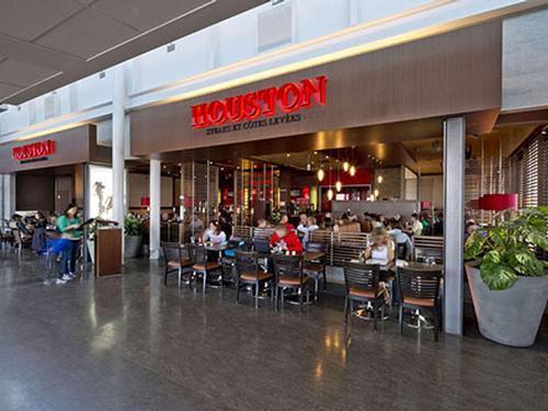 Houston Avenue Bar & Grill_Montreal Pierre E Trudeau Intl_Canada